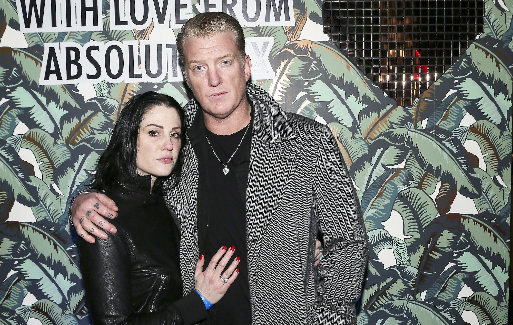 Judge orders Brody Dalle to let Josh Homme see their sons as custody battle continues