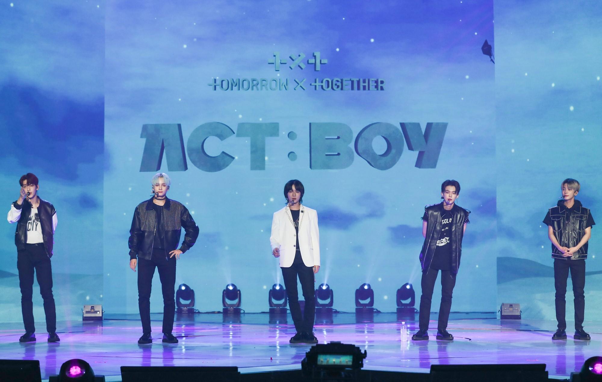 txt tomorrow together act boy concert live review online recap setlist